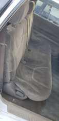 Mitsubishi Chariot Grandis, 1999 год, 125 000 руб.