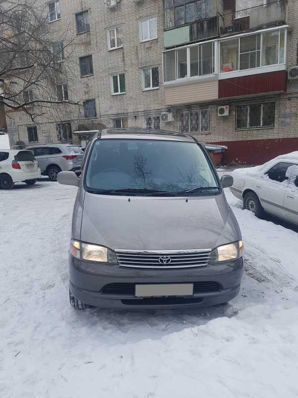 Toyota Granvia, 1998 год, 490 000 руб.