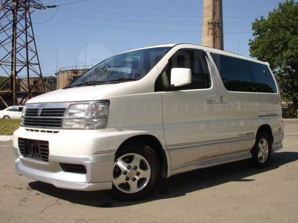 Nissan Elgrand, 2001 год, 580 000 руб.