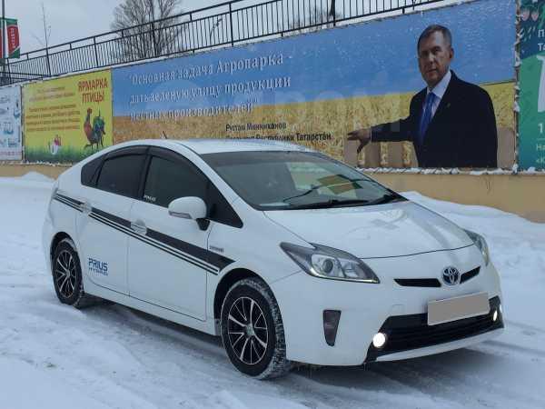 Toyota Prius, 2012 год, 855 000 руб.
