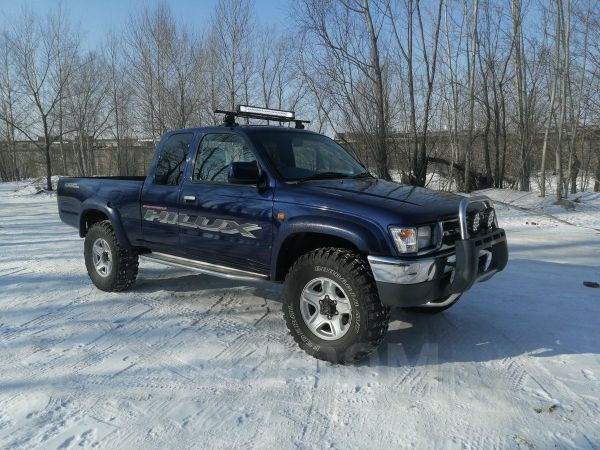Toyota Hilux Pick Up, 1998 год, 800 000 руб.