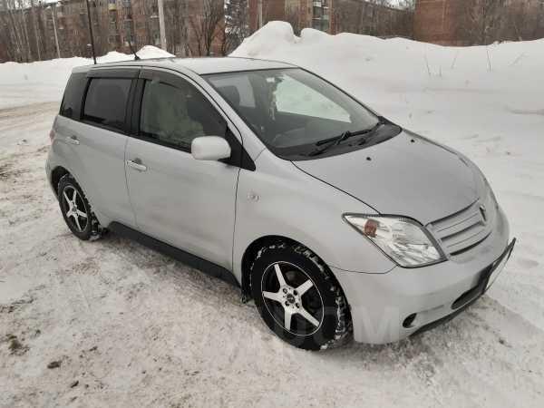 Toyota ist, 2004 год, 295 000 руб.