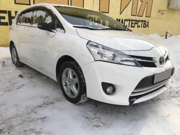Toyota Verso, 2013 год, 829 000 руб.