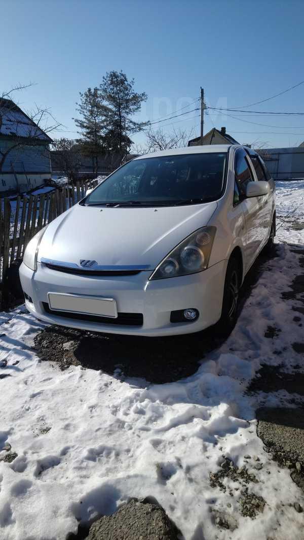 Toyota Wish, 2005 год, 425 000 руб.