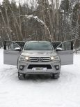 Toyota Hilux Pick Up, 2015 год, 3 500 000 руб.