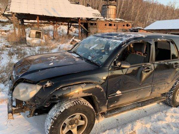 Toyota Hilux Surf, 2004 год, 580 000 руб.
