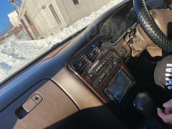 Toyota Mark II, 1994 год, 249 999 руб.