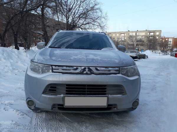 Mitsubishi Outlander, 2012 год, 720 000 руб.