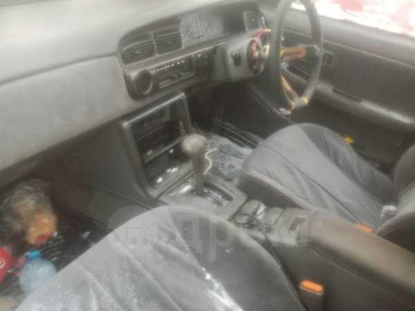 Nissan Laurel, 1989 год, 275 000 руб.