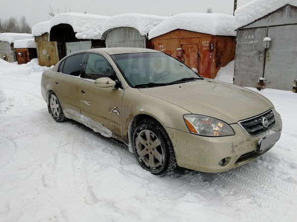 Nissan Altima, 2002 год, 229 000 руб.