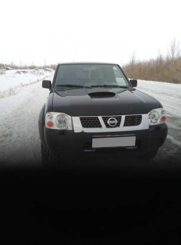 Nissan NP300, 2009 год, 698 000 руб.