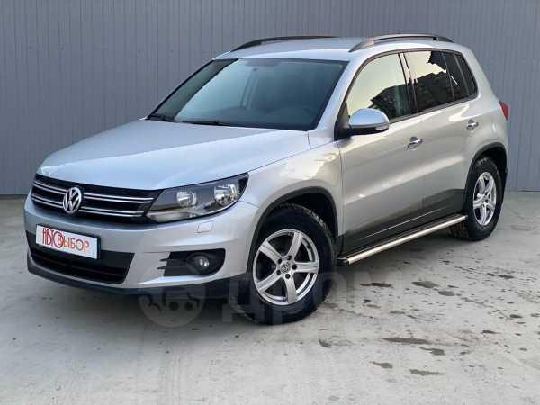 Volkswagen Tiguan, 2011 год, 599 000 руб.