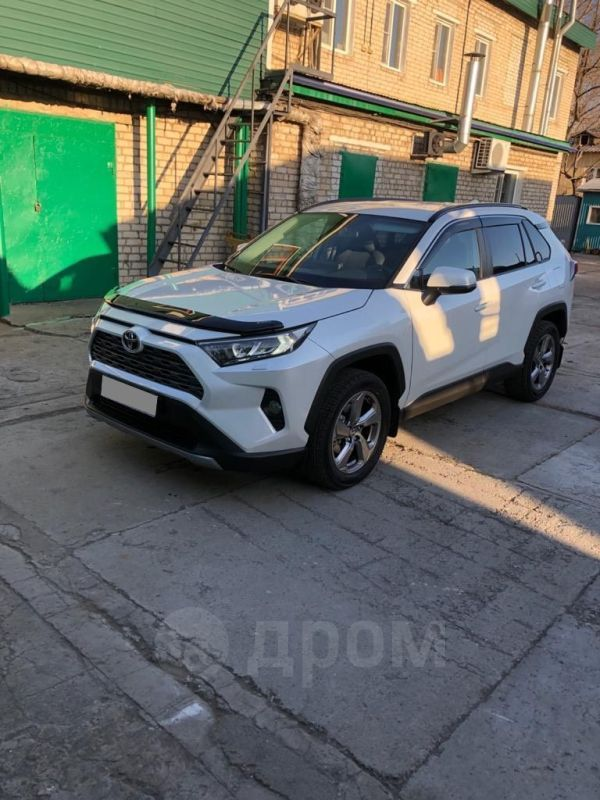 Toyota RAV4, 2019 год, 2 270 000 руб.