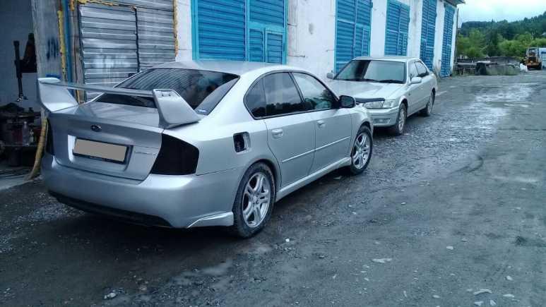 Subaru Legacy B4, 2004 год, 380 000 руб.