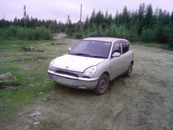 Daihatsu Storia, 1998 год, 100 000 руб.