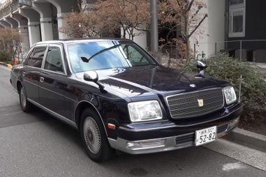 Императорский седан Toyota Century с V12 заставили звучать, словно суперкар