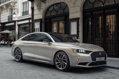 Во Франции представили новый флагманский седан DS 9