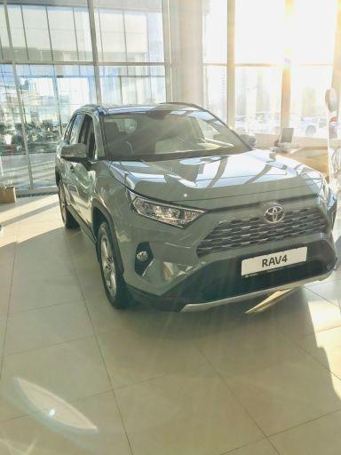Toyota RAV4 2020 отзыв автора | Дата публикации 06.02.2020.