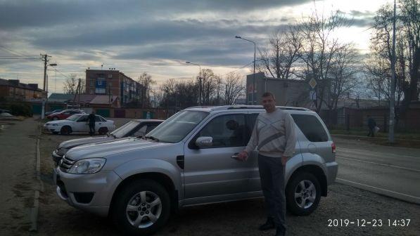 Ford Escape 2008 - отзыв владельца