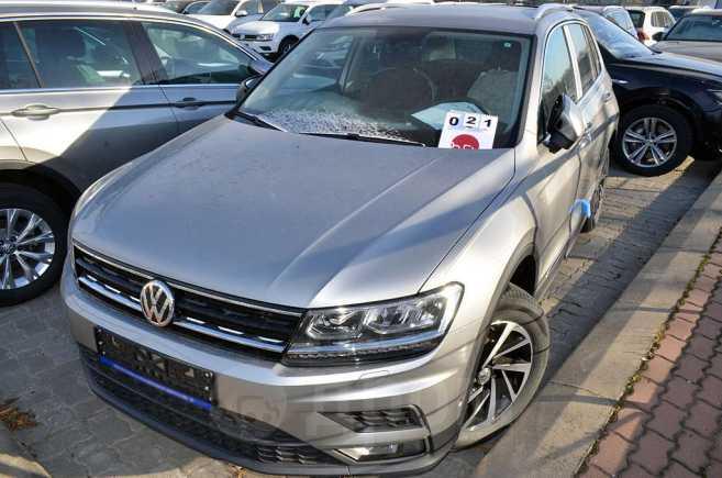 Volkswagen Tiguan, 2019 год, 2 006 400 руб.