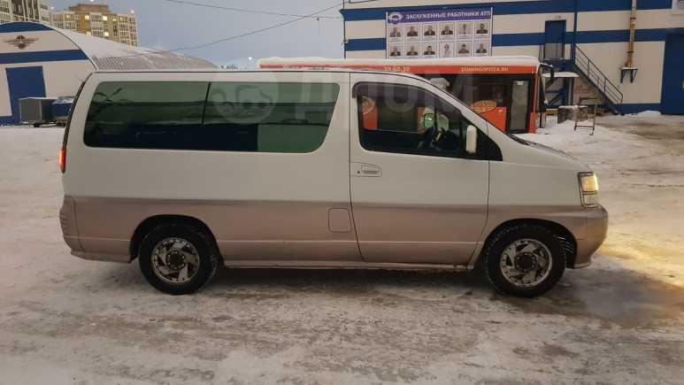 Nissan Elgrand, 1999 год, 495 000 руб.