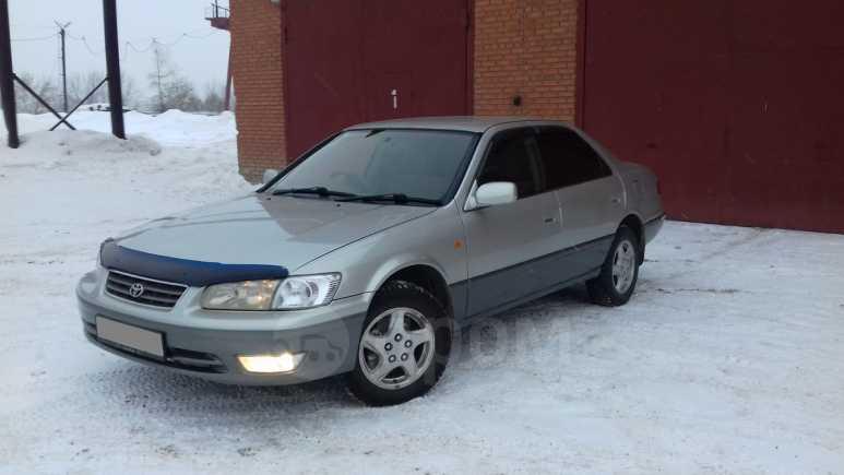 Toyota Camry, 1999 год, 280 000 руб.