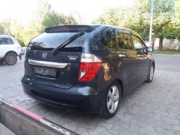 Honda Edix, 2004 год, 355 000 руб.