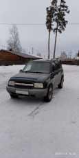 Chevrolet Tracker, 2000 год, 255 000 руб.