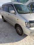 Toyota Town Ace Noah, 2000 год, 490 000 руб.