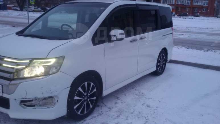 Honda Stepwgn, 2013 год, 990 000 руб.