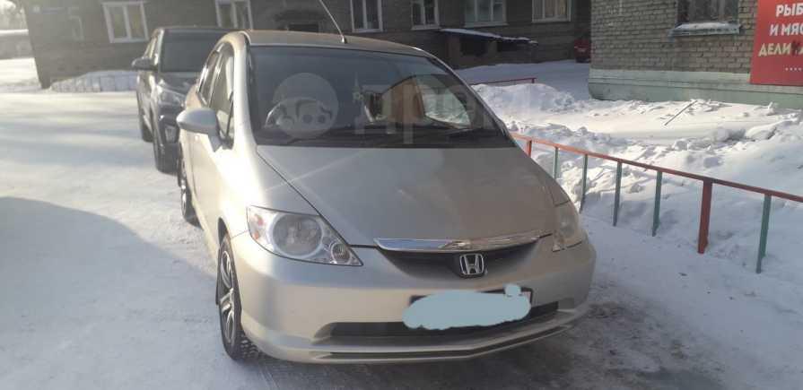 Honda Fit Aria, 2003 год, 210 000 руб.
