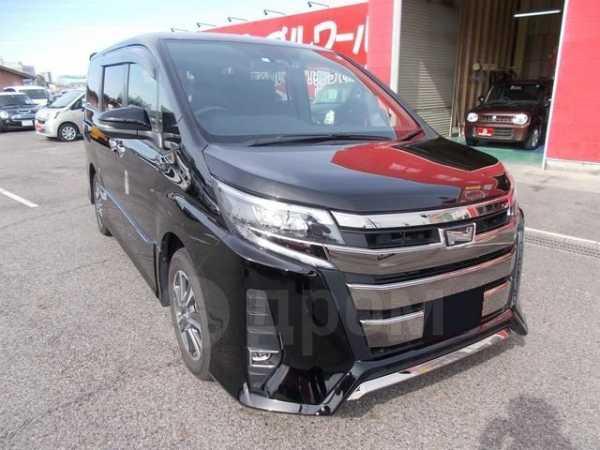Toyota Noah, 2017 год, 862 000 руб.