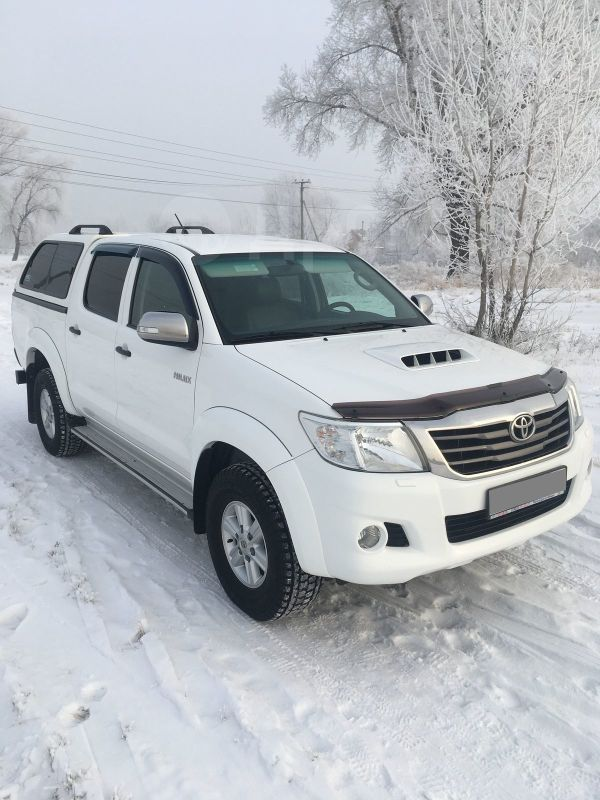 Toyota Hilux Pick Up, 2012 год, 1 320 000 руб.