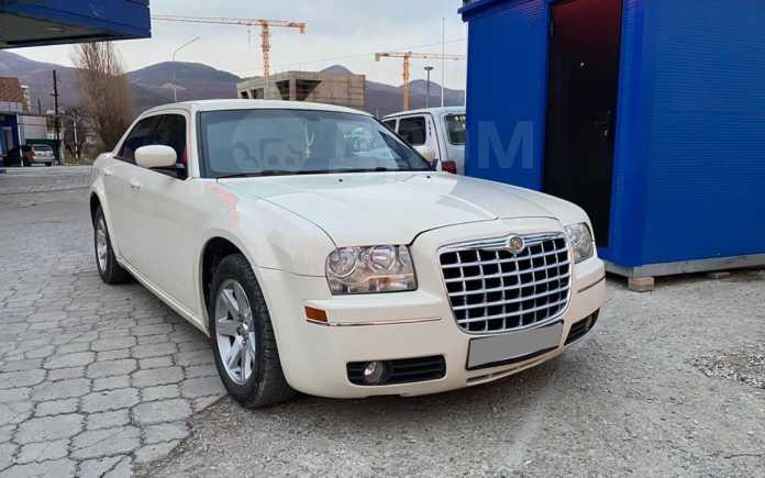 Chrysler 300C, 2006 год, 399 000 руб.