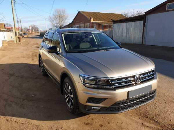 Volkswagen Tiguan, 2019 год, 1 600 000 руб.