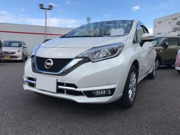 Nissan Note, 2016 год, 368 000 руб.