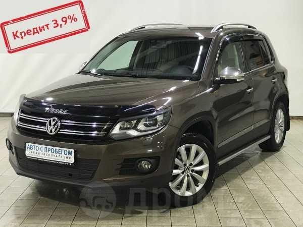 Volkswagen Tiguan, 2016 год, 887 913 руб.
