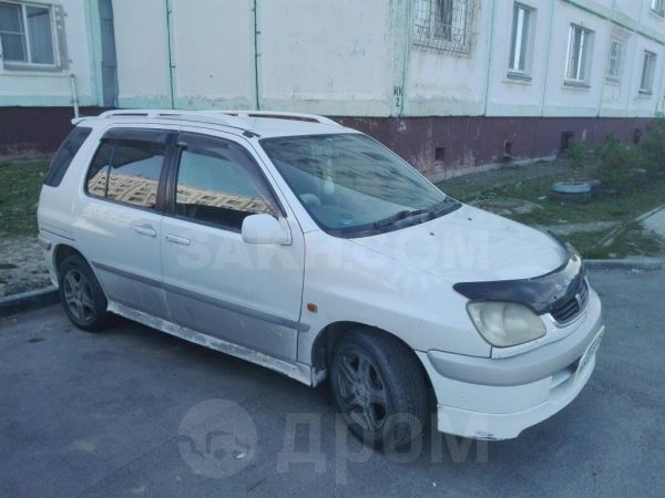 Toyota Raum, 1999 год, 269 000 руб.