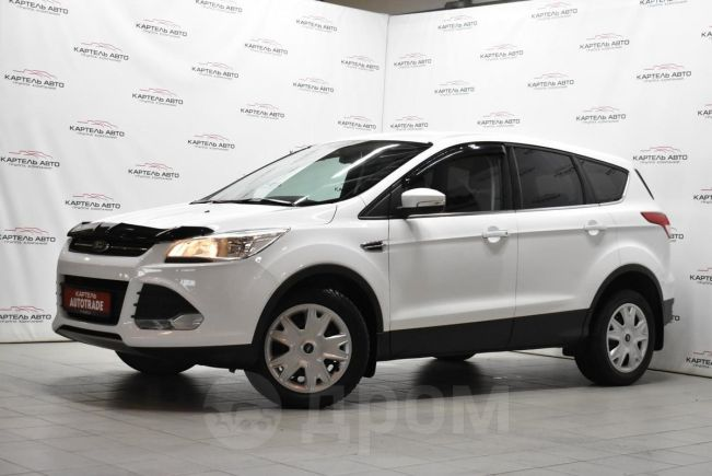 Ford Kuga, 2015 год, 879 000 руб.