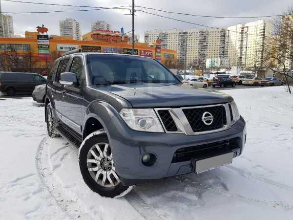 Nissan Pathfinder, 2012 год, 995 000 руб.