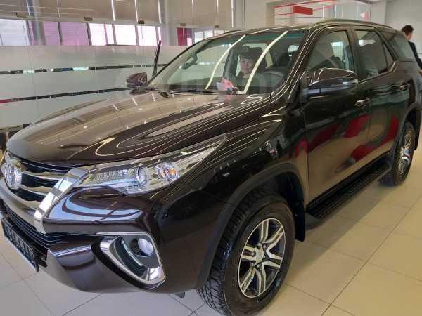 Toyota Fortuner, 2019 год, 2 449 000 руб.