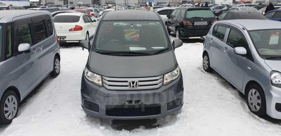 Honda Freed Spike, 2010 год, 585 000 руб.