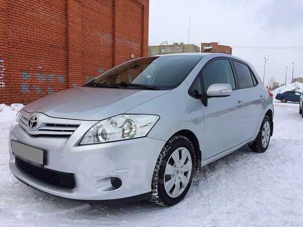 Toyota Auris, 2011 год, 599 000 руб.