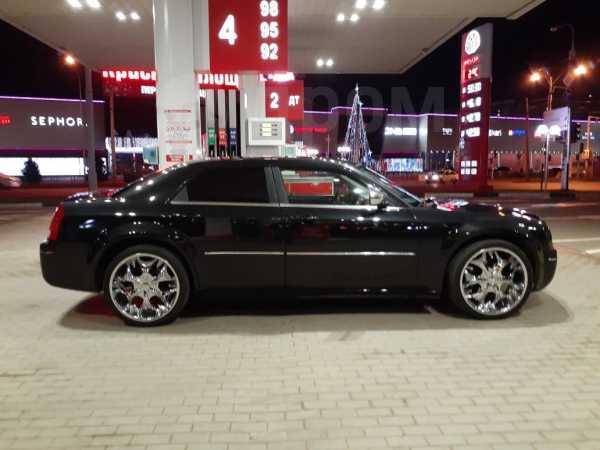 Chrysler 300C, 2006 год, 550 000 руб.