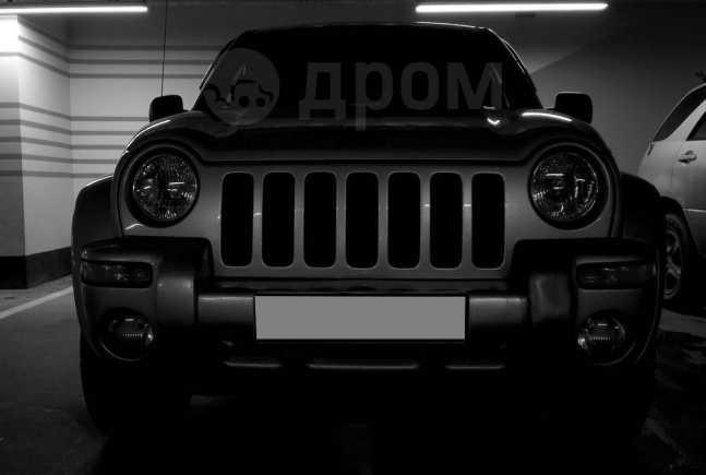 Jeep Liberty, 2002 год, 460 000 руб.