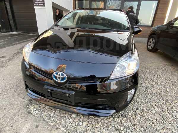 Toyota Prius, 2015 год, 720 000 руб.