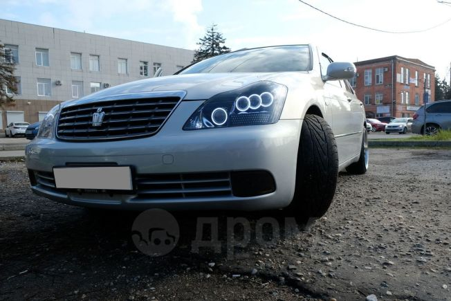 Toyota Crown, 2006 год, 325 000 руб.