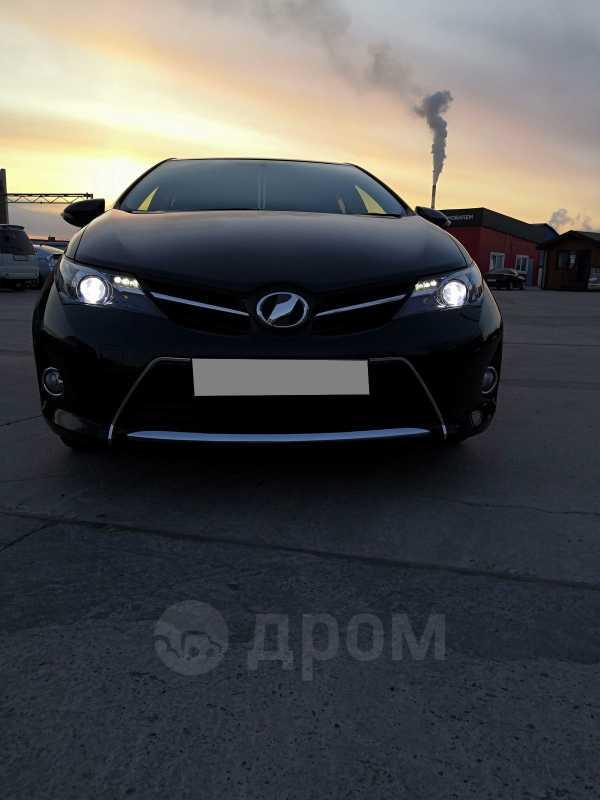 Toyota Auris, 2013 год, 615 000 руб.