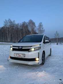 Иркутск Toyota Voxy 2015