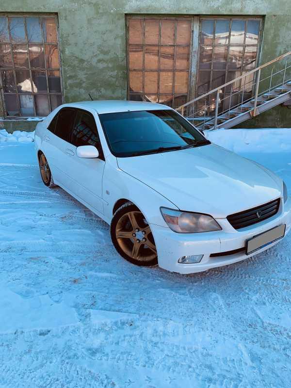 Toyota Altezza, 2000 год, 395 000 руб.